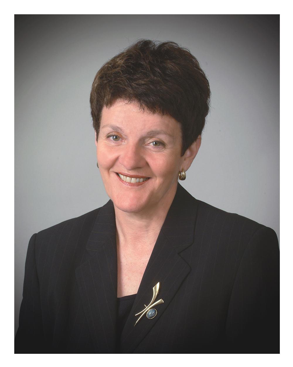Mme Pauline Champoux-Lesage